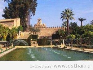 Крепость Алькасар де Лос Рейес Кристианос, достопримечательности испании, экскурсии, интересное